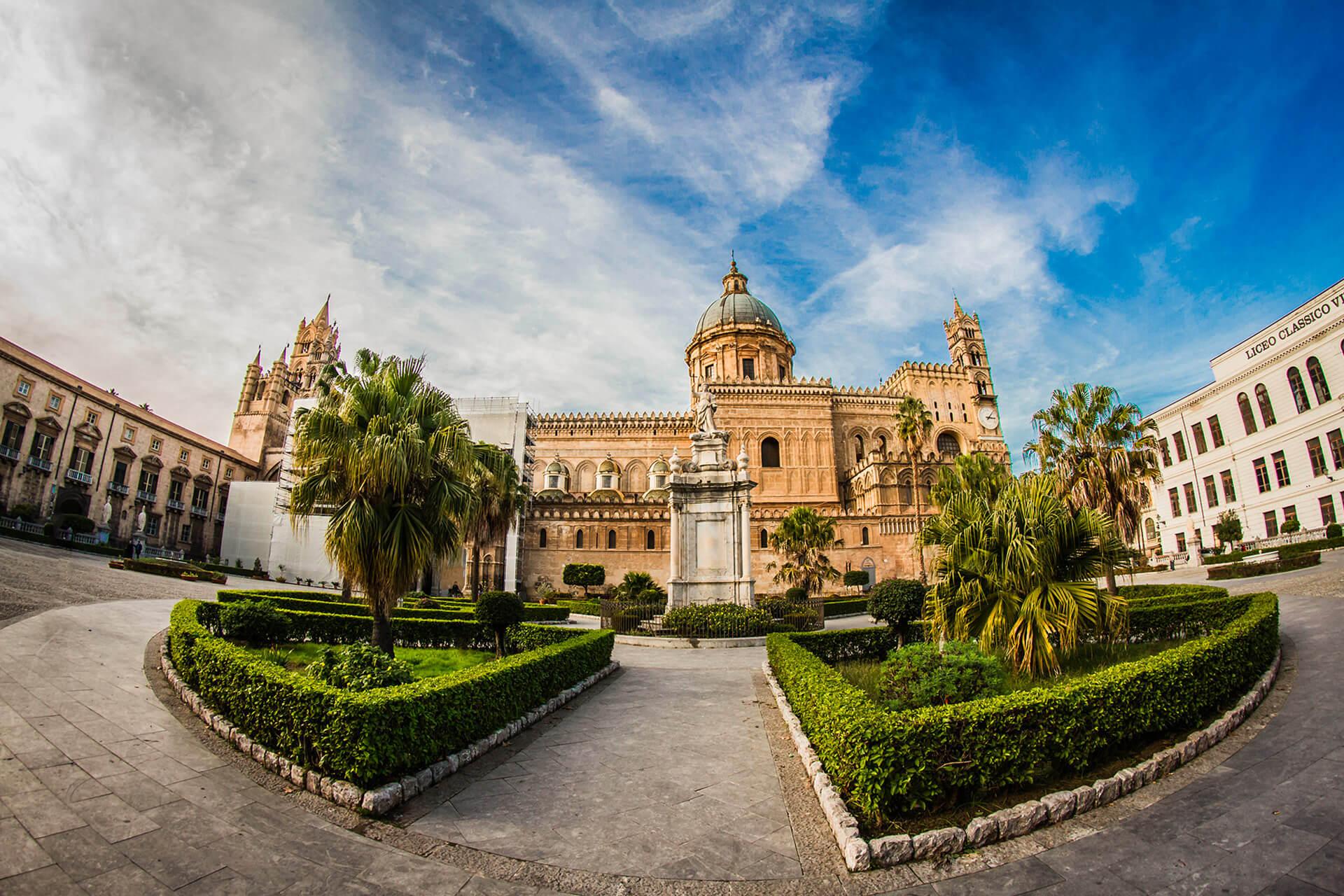 Autonoleggio Palermo - Cattedrale di Palermo - Nolo In Rental Car